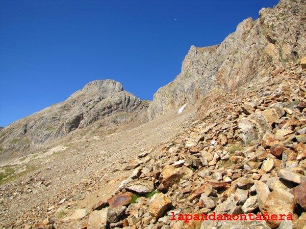 20120809 - PIRINEOS - GARMO NEGRO (3.051 m) A0712