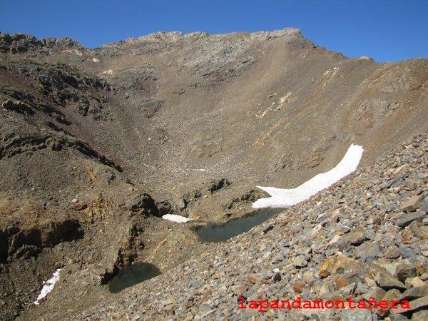 20120809 - PIRINEOS - GARMO NEGRO (3.051 m) A1211