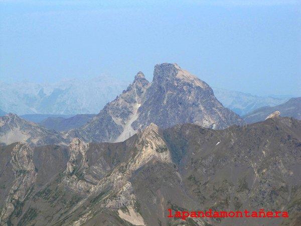 20120809 - PIRINEOS - GARMO NEGRO (3.051 m) A2311