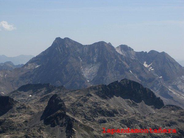 20120809 - PIRINEOS - GARMO NEGRO (3.051 m) A2511