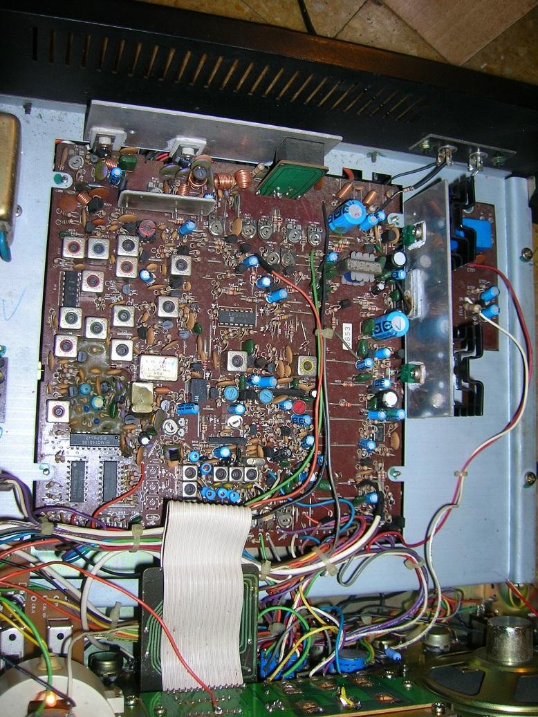 Lafayette Petrusse Hi-Power (Base 27 Mhz - 200 Cx )  Dscn2310