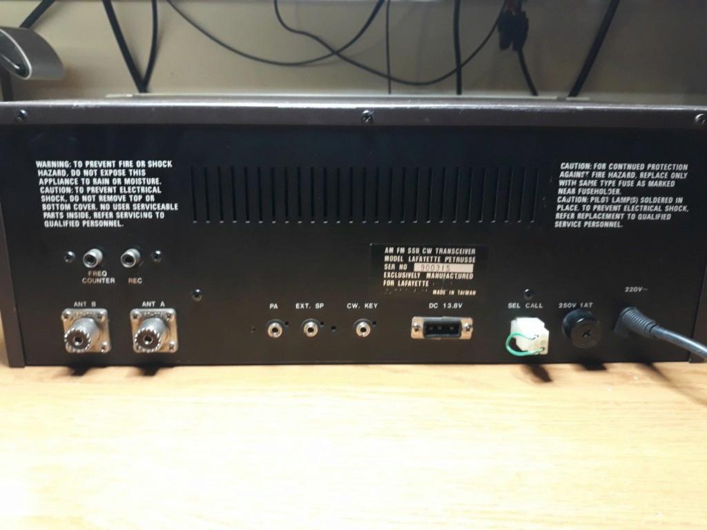 Lafayette Petrusse Hi-Power (Base 27 Mhz - 200 Cx )  S-l11881