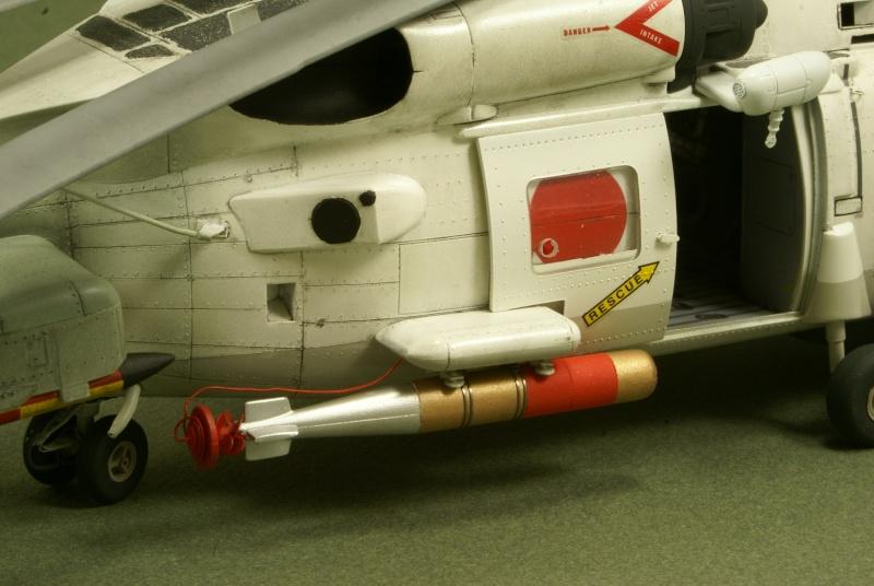 SH-60J Peinture et montage terminée  Dsc02914
