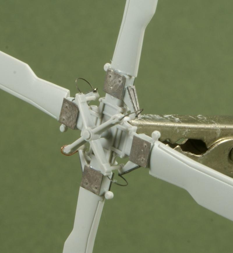 SH-60J Nipon (ni mauvais....) au 1/48 Italeri Rotor_10