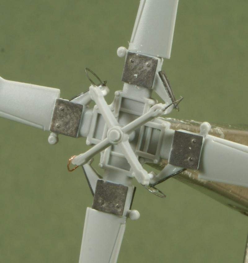 SH-60J Nipon (ni mauvais....) au 1/48 Italeri Rotor_11