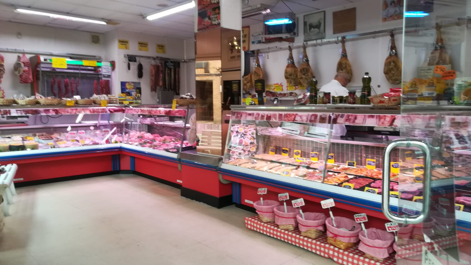 Traspaso carnicería por Jubilación En gijón Img-2056