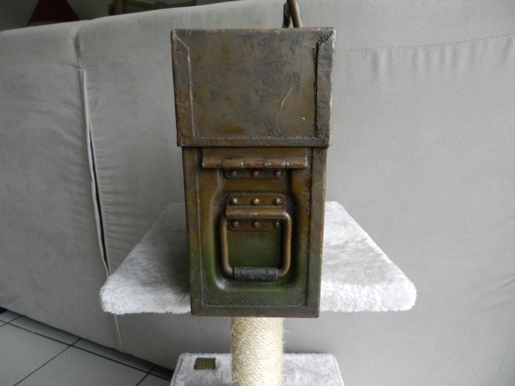 mes caisses allemandes ww2  (métal) - Page 3 Dscn0618