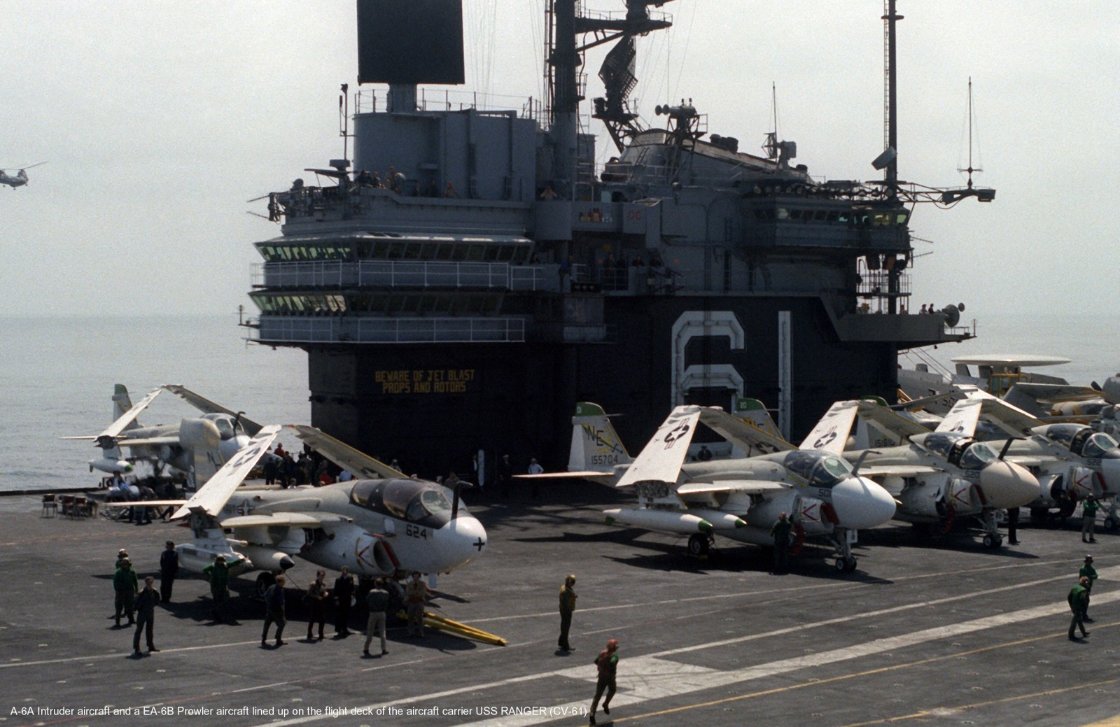 [Terminé] Vought A-7E Corsair II - 1/72 4t9g7p10