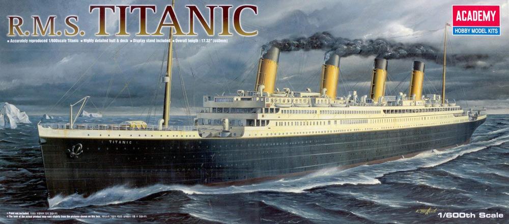 RMS Titanic, lequel choisir ?  718bmh10