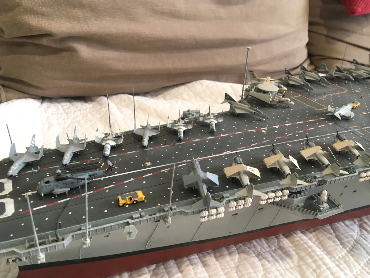 USS ENTERPRISE 1/350 UPGRADED! Enterp15