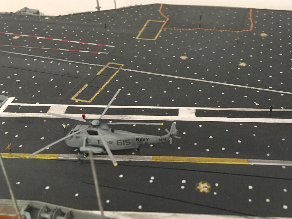 USS ENTERPRISE 1/350 UPGRADED! - Page 4 Enterp71