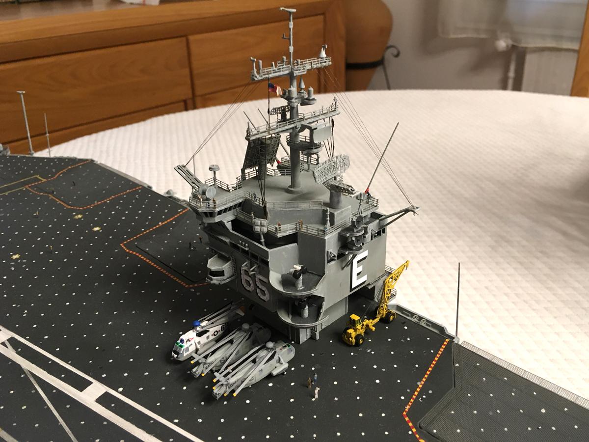 USS ENTERPRISE 1/350 UPGRADED! - Page 4 Enterp73