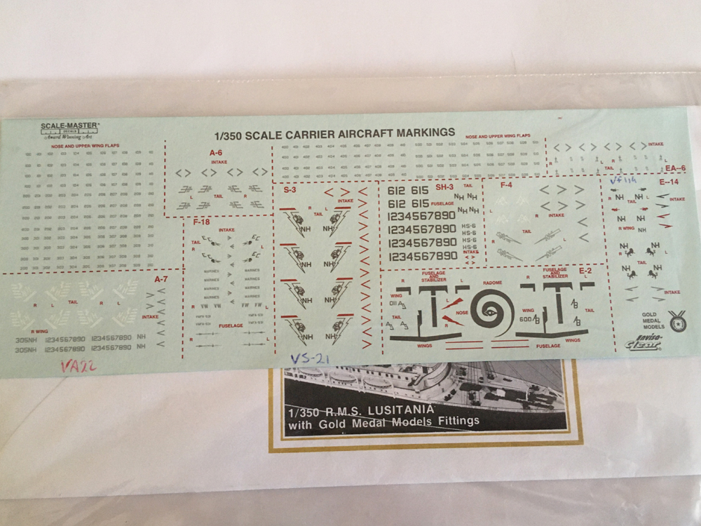 USS ENTERPRISE 1/350 UPGRADED! - Page 4 Img_4412