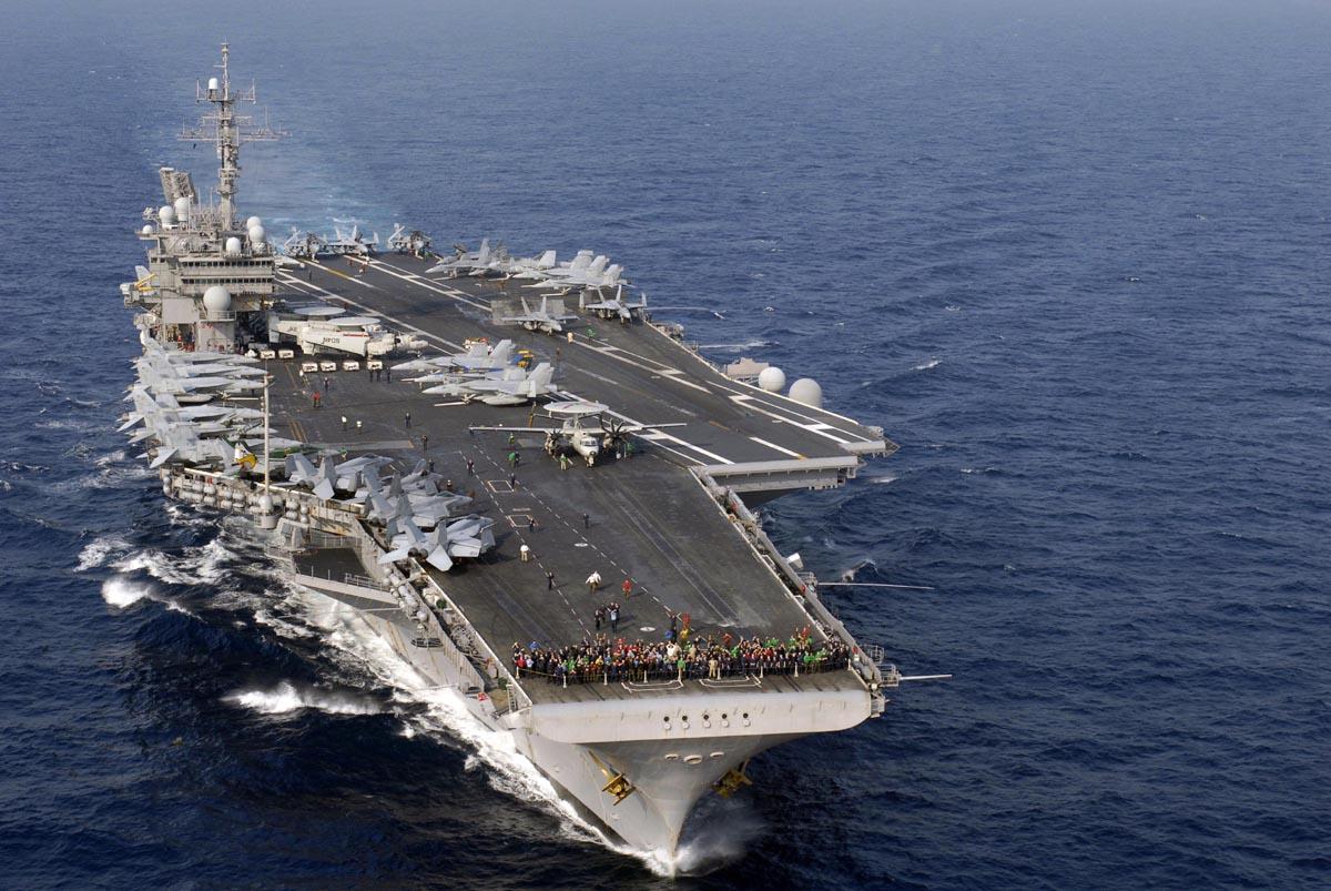 Supercarrier USS Kitty Hawk (CV-63) - Trumpeter - 1/350 Kitty_14
