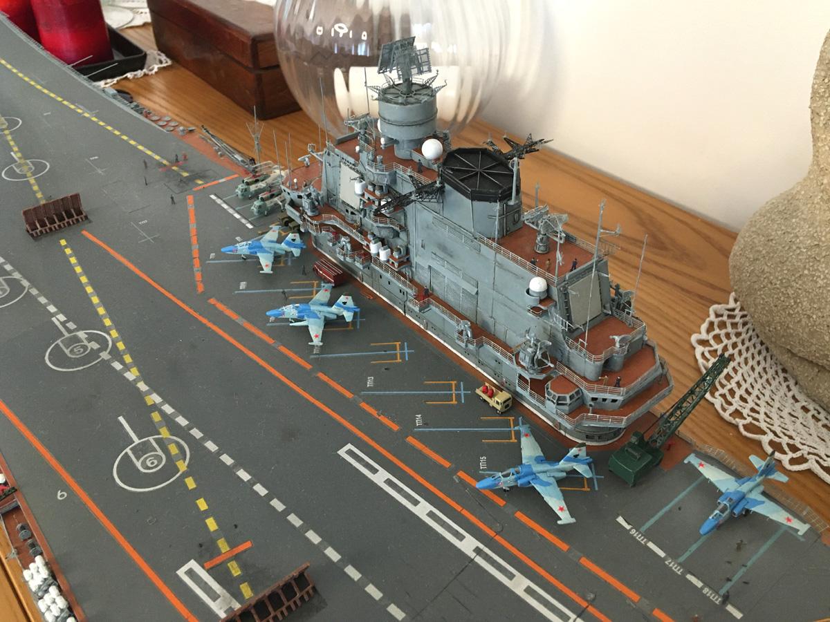 Admiral KUZNETSOV 1/350 UPGRADED! - Page 2 Kuz16_15
