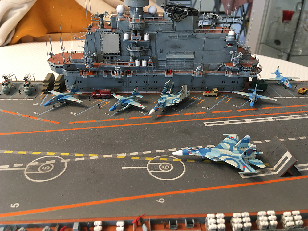 Admiral KUZNETSOV 1/350 UPGRADED! - Page 2 Kuz1710