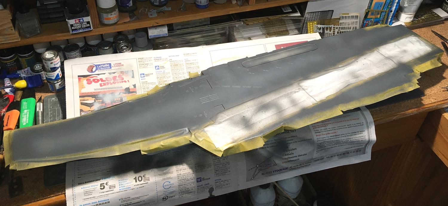 Porte-avions LIAONING 1/350 - Page 3 Liaon100