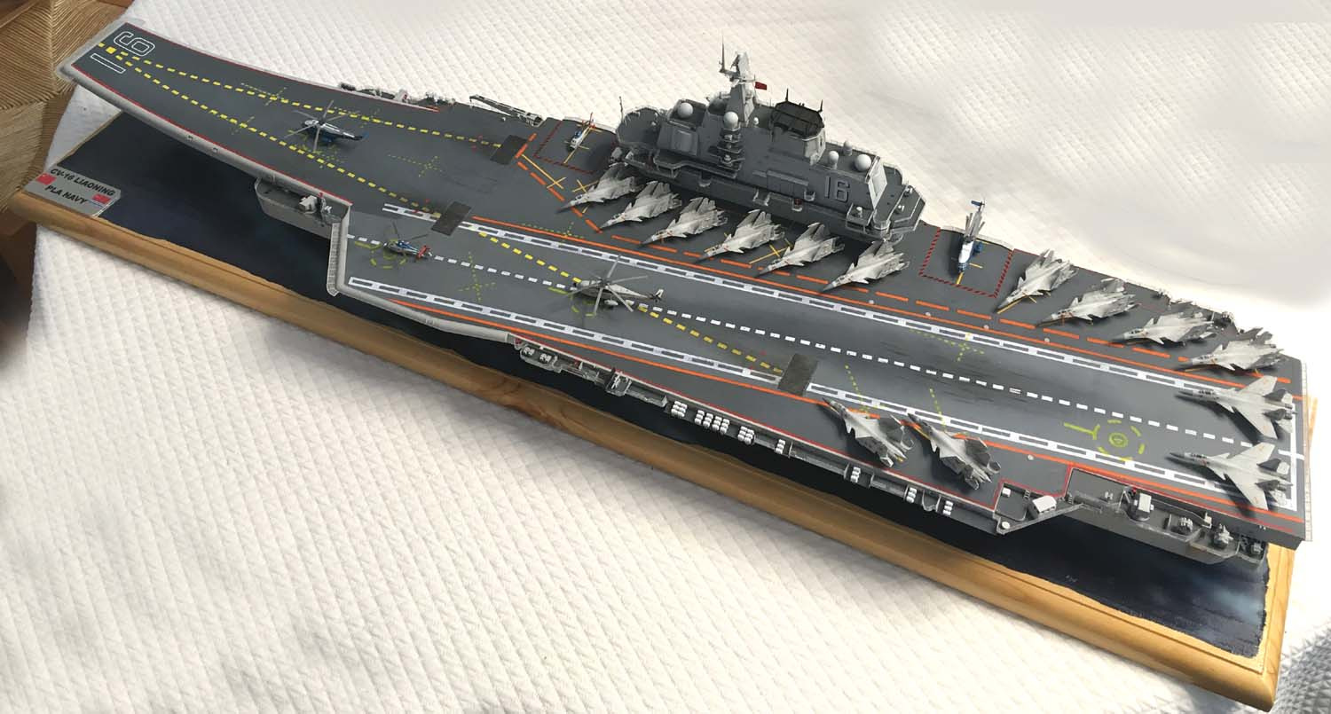 Porte-avions LIAONING 1/350 - Page 7 Liaon193