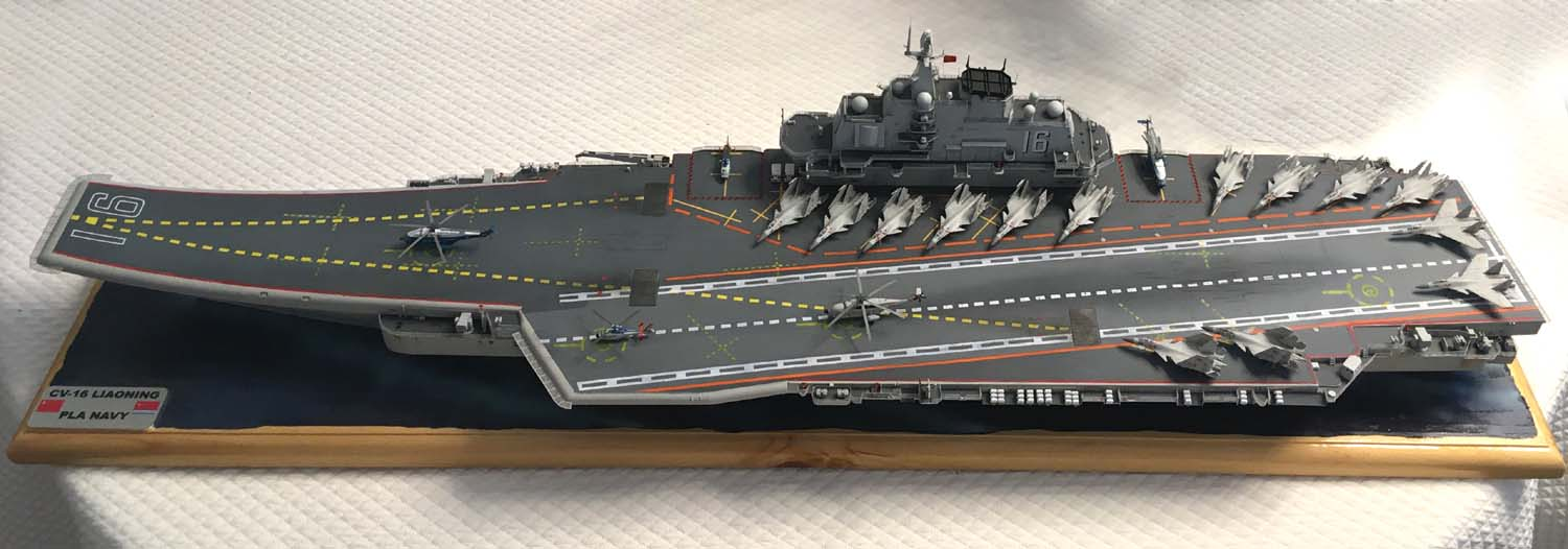 Porte-avions LIAONING 1/350 - Page 7 Liaon195