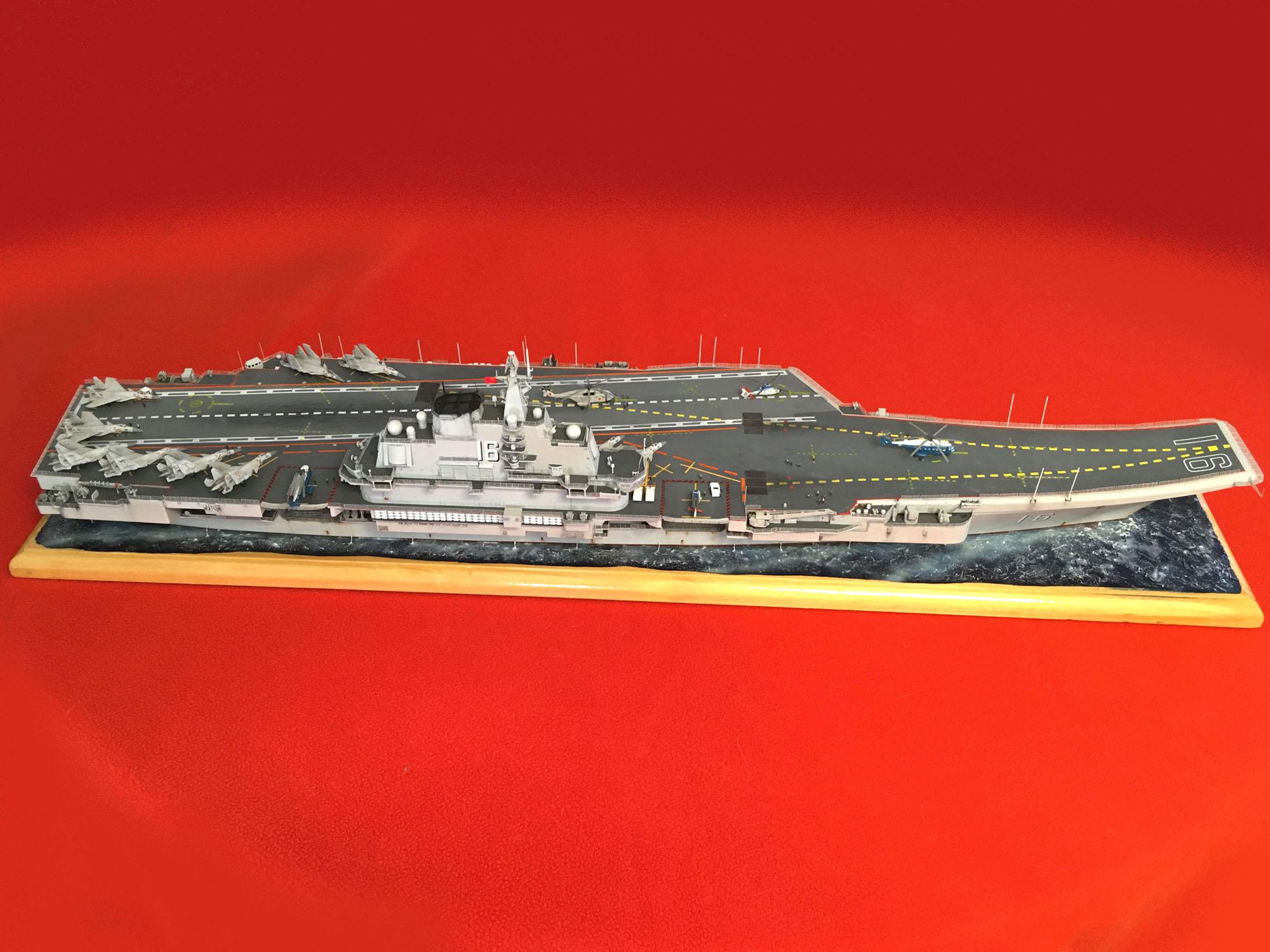 Porte-avions LIAONING CV-16 (PLA Navy) Liaon215