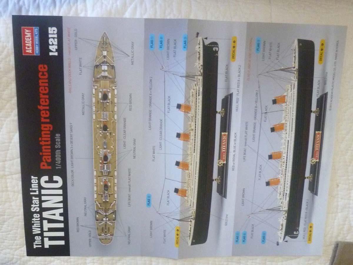 R.M.S TITANIC PRENIUM EDITION with LED ACADEMY 1/400 P1120622