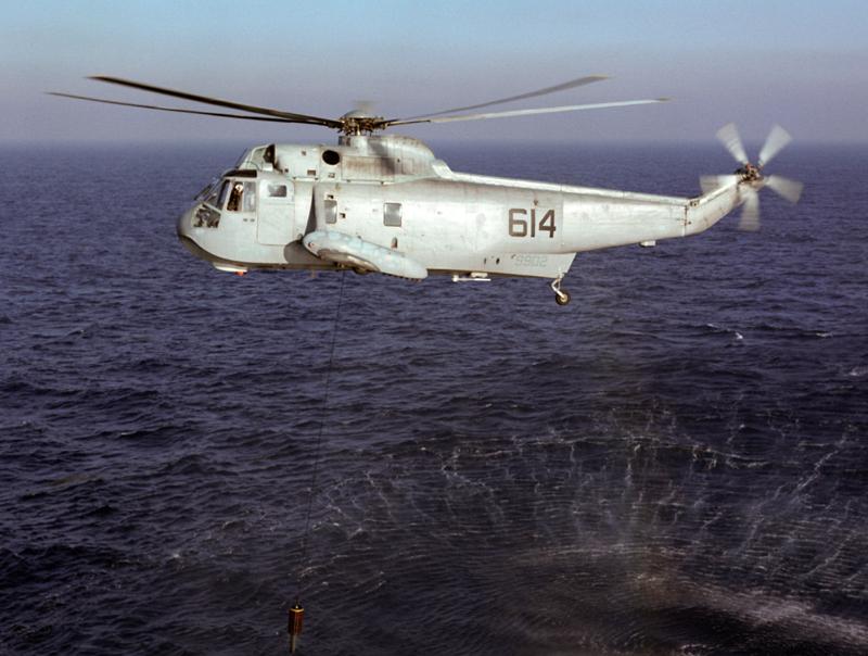 USS ENTERPRISE 1/350 UPGRADED! - Page 4 Sea_ki12