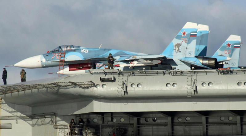 "Admiral KUZNETSOV ""UPGRADED"" 1/350 Su-33_11"