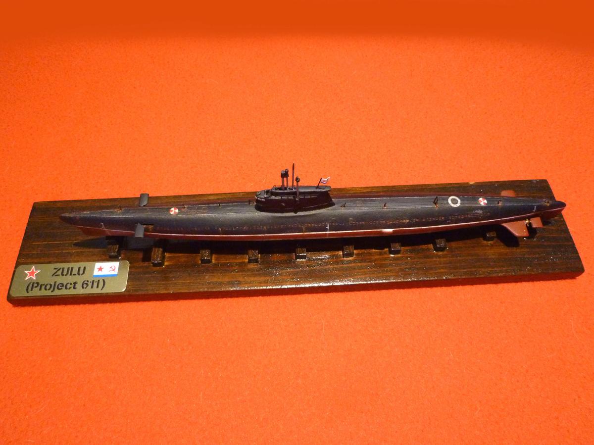 Sous-marin Classe ZULU (project 611) 1/350 Zulu_g10