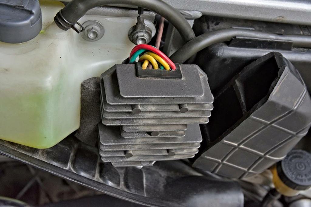 Problème allumage/régulateur F650 Funduro Eds_9510