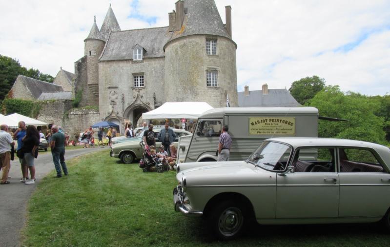 """Exposition """"Vintage"""" au Château de la NOE SECHE Dimanc32"""
