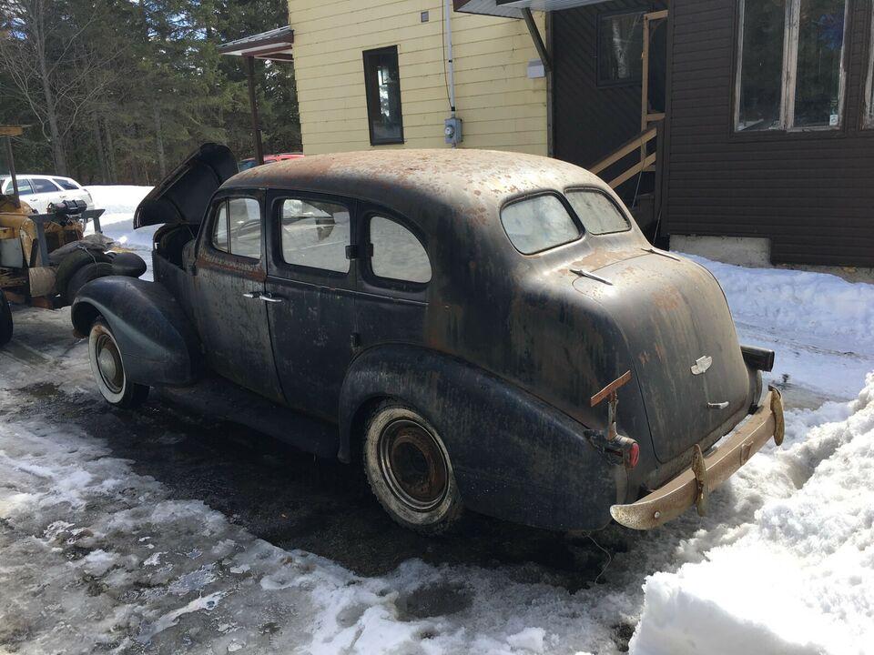 Pontiac 1937 _59_3_10