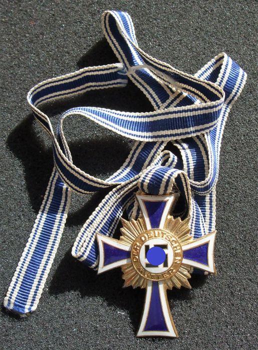 Croix Allemande et Croix des Mères A10