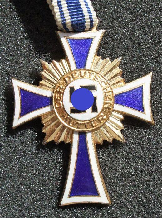 Croix Allemande et Croix des Mères B10