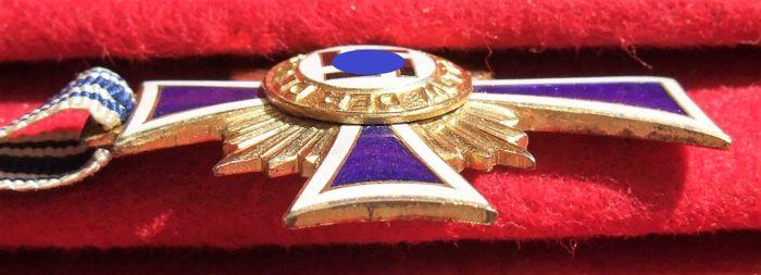Croix Allemande et Croix des Mères D10