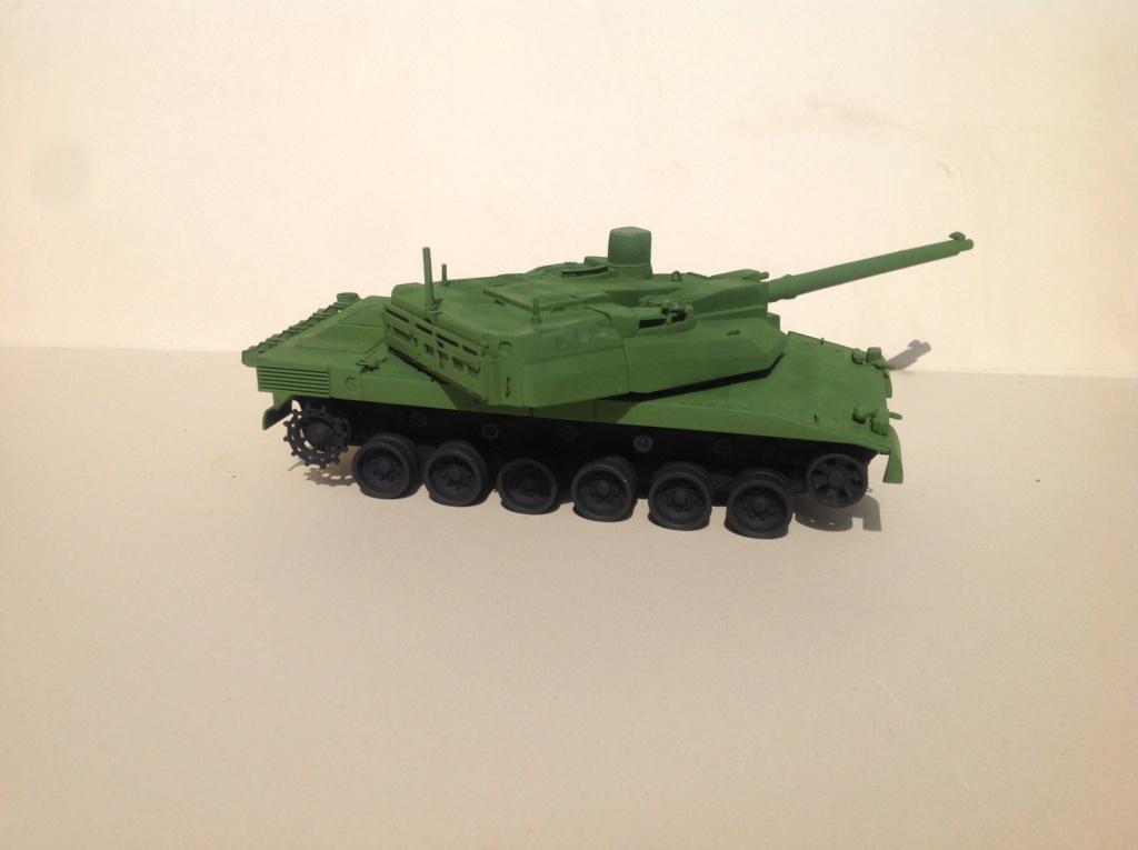 Char AMX 56 LECLERC SERIE 1 Presque sortie de boite ... Réf 81135 - Page 2 Img_5220