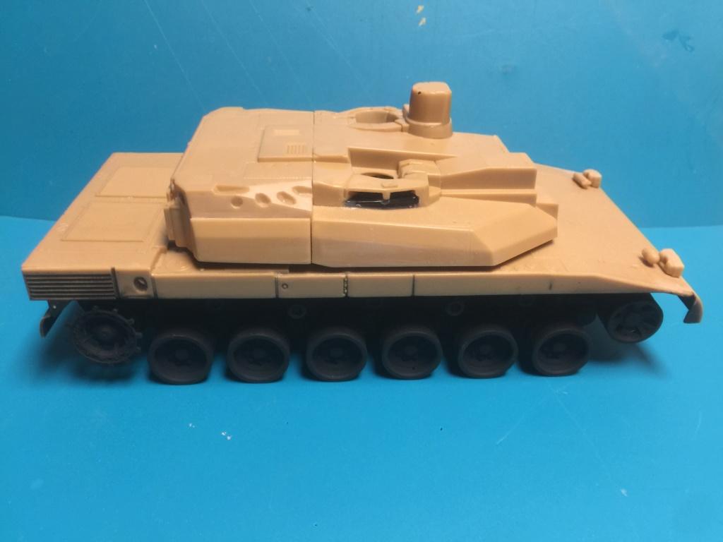Char AMX 56 LECLERC SERIE 1 Presque sortie de boite ... Réf 81135 Maque418
