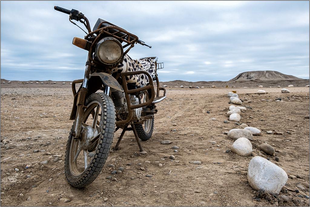 [Urbex Engins et véhicules] La moto ... Dscf5314