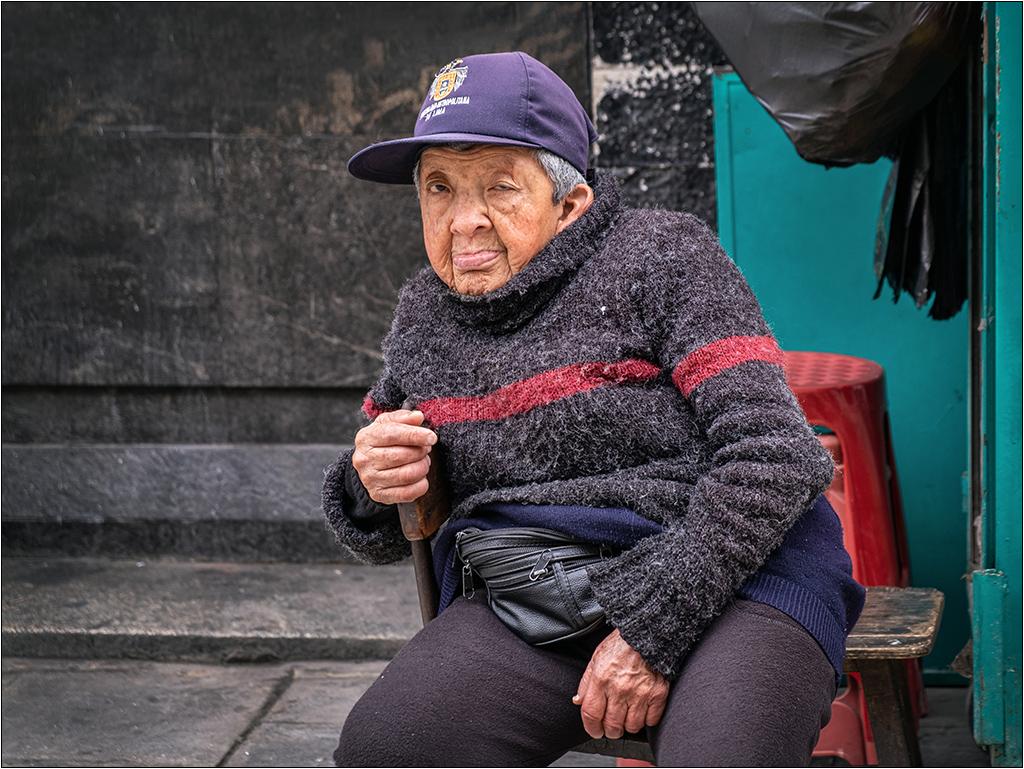 [Rue et Instants de vie] La dame su kiosque + V2 + V3 Dscf5614