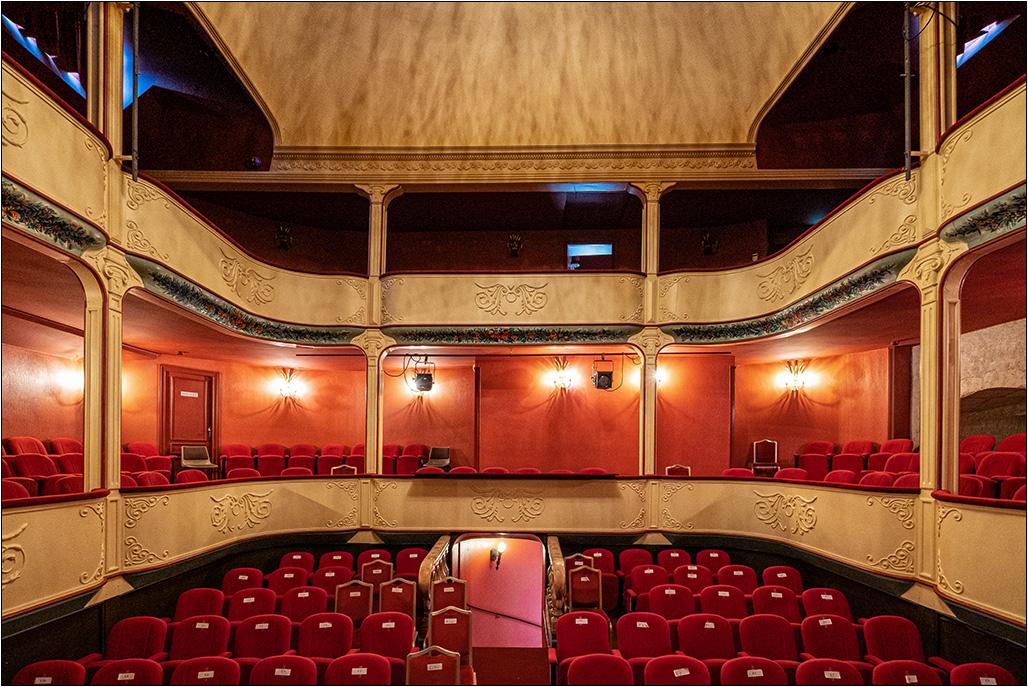 [Architecture_et_Graphisme] Théâtre de Jonzac Dscf8225