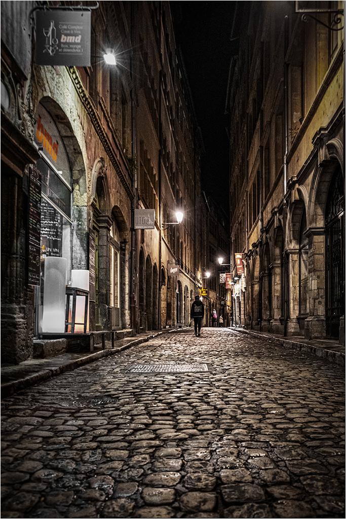 [Noir_et_Blanc] Lyon by night + ajout Dscf9215