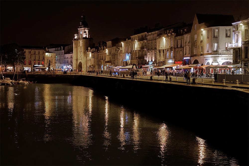 [Architecture_et_Graphisme] La Rochelle de nuit 2 P1060110