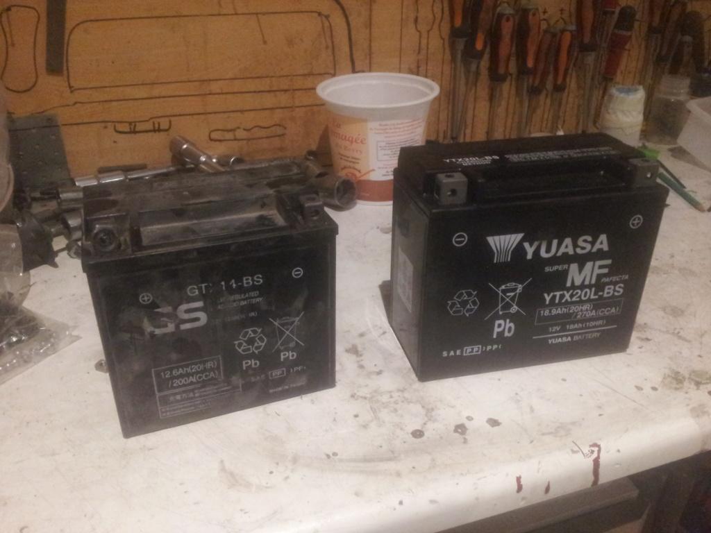 [XB/R] Montage Batterie YTX20 (celles des TUB +puissante) 110