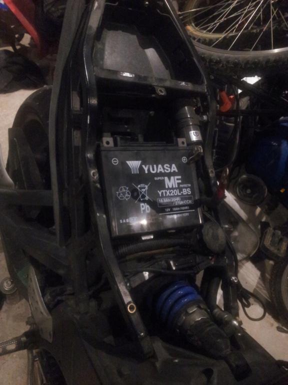[XB/R] Montage Batterie YTX20 (celles des TUB +puissante) 210