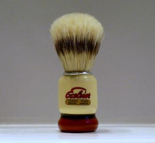 Petit blaireau à petit prix compatible FL P1080011