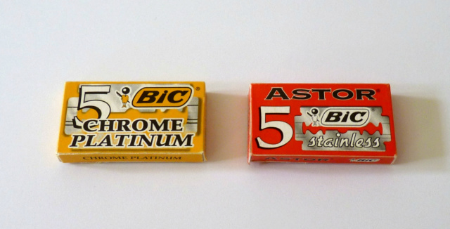 Comparatif Bic Chrome Platinum - Bic Astor Stainless P1080310