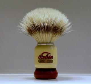 Petit blaireau à petit prix compatible FL P1080312
