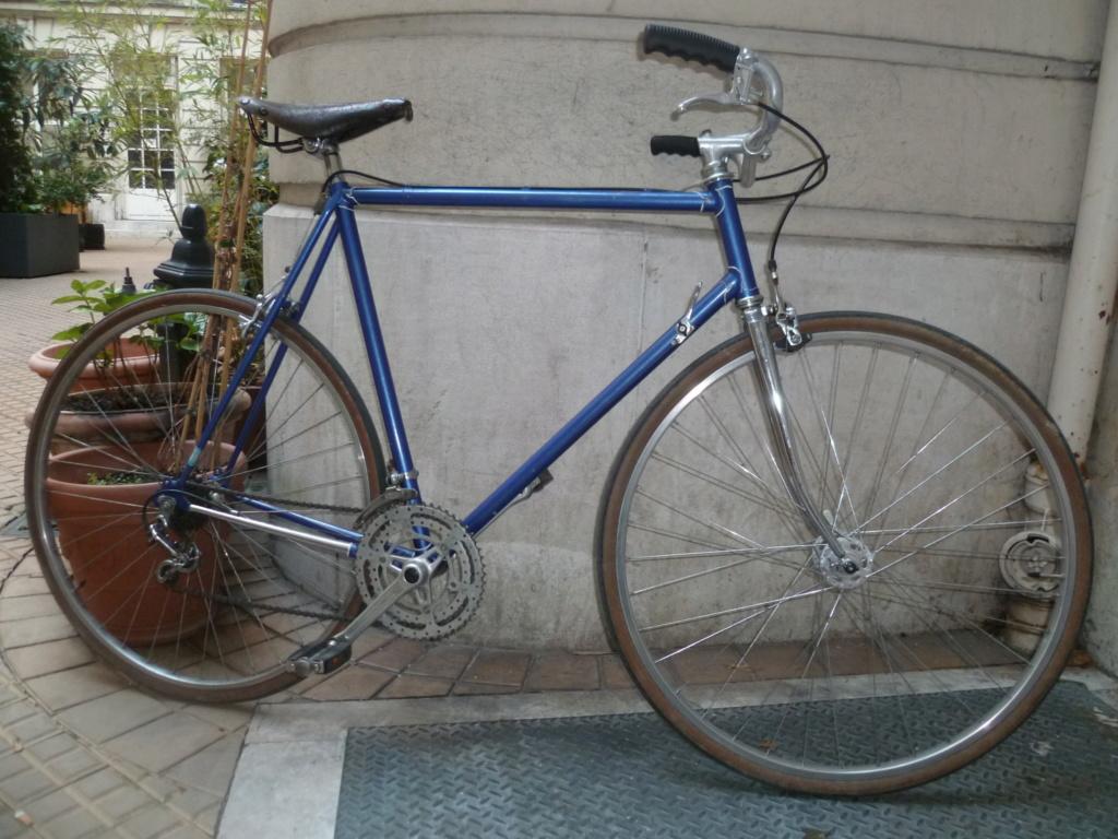 Montage pour la ville, on va essayer de faire un beau vélo pour une fois! - Page 2 P1080519
