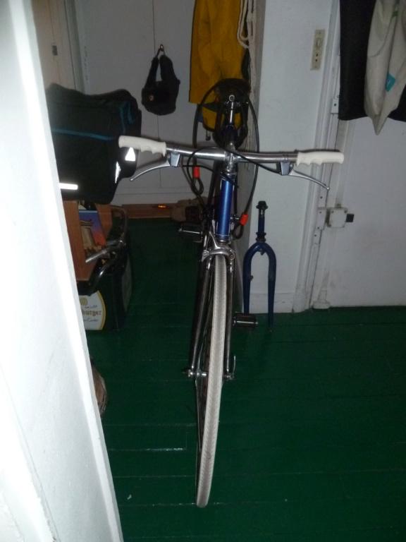 Montage pour la ville, on va essayer de faire un beau vélo pour une fois! - Page 5 P1090614