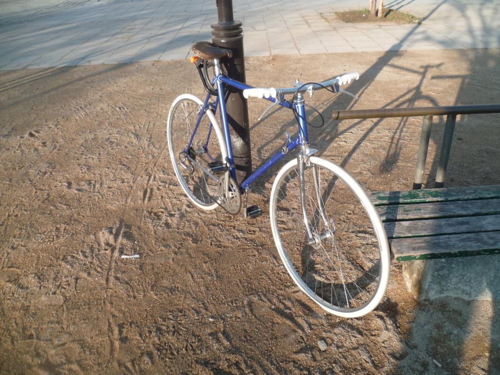 Montage pour la ville, on va essayer de faire un beau vélo pour une fois! - Page 5 P1090617
