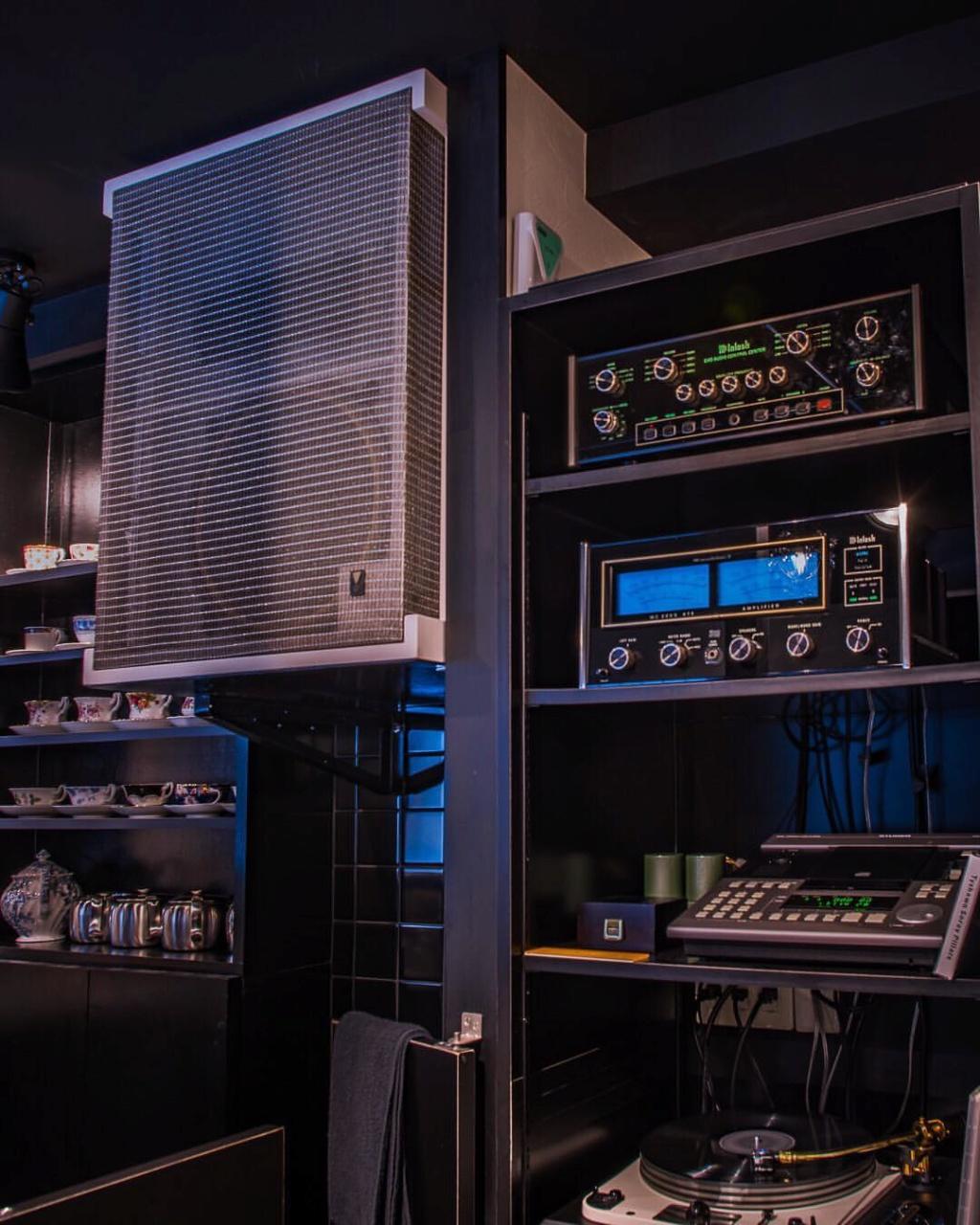 Monitor JBL 4320 dans le très célèbre studio d'Abbey Road  53383210